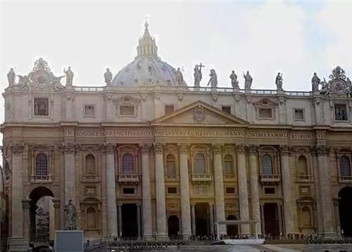 罗马式建筑典型的代表就是教堂.图片